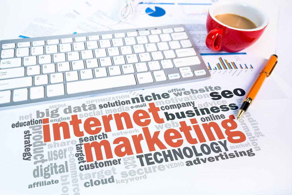 pembicara internet marketing makassar terbaik